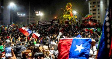 Μεγάλη νίκη της Δημοκρατίας στην Χιλή στο δημοψήφισμα της Κυριακής