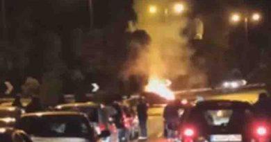 Τροχαίο: Φλεγόμενο αυτοκίνητο στην Κ……. Βίντεο