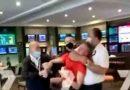 Σεκιουριτάς έπνιξε μέχρι λιποθυμίας νεαρό σε μπαρ – Βίντεο
