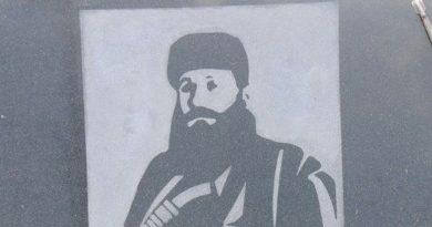 Κώστας Ζουράρις: Μαψυλάκας, σαπροδιψής ο Μάκαριος Λαζαρίδης