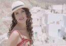 """Η Κλεονίκη Δεμίρη τραγουδάει """"Για Πάντα Καλοκαίρι""""από την πανέμορφη Σέριφο (official video clip)"""
